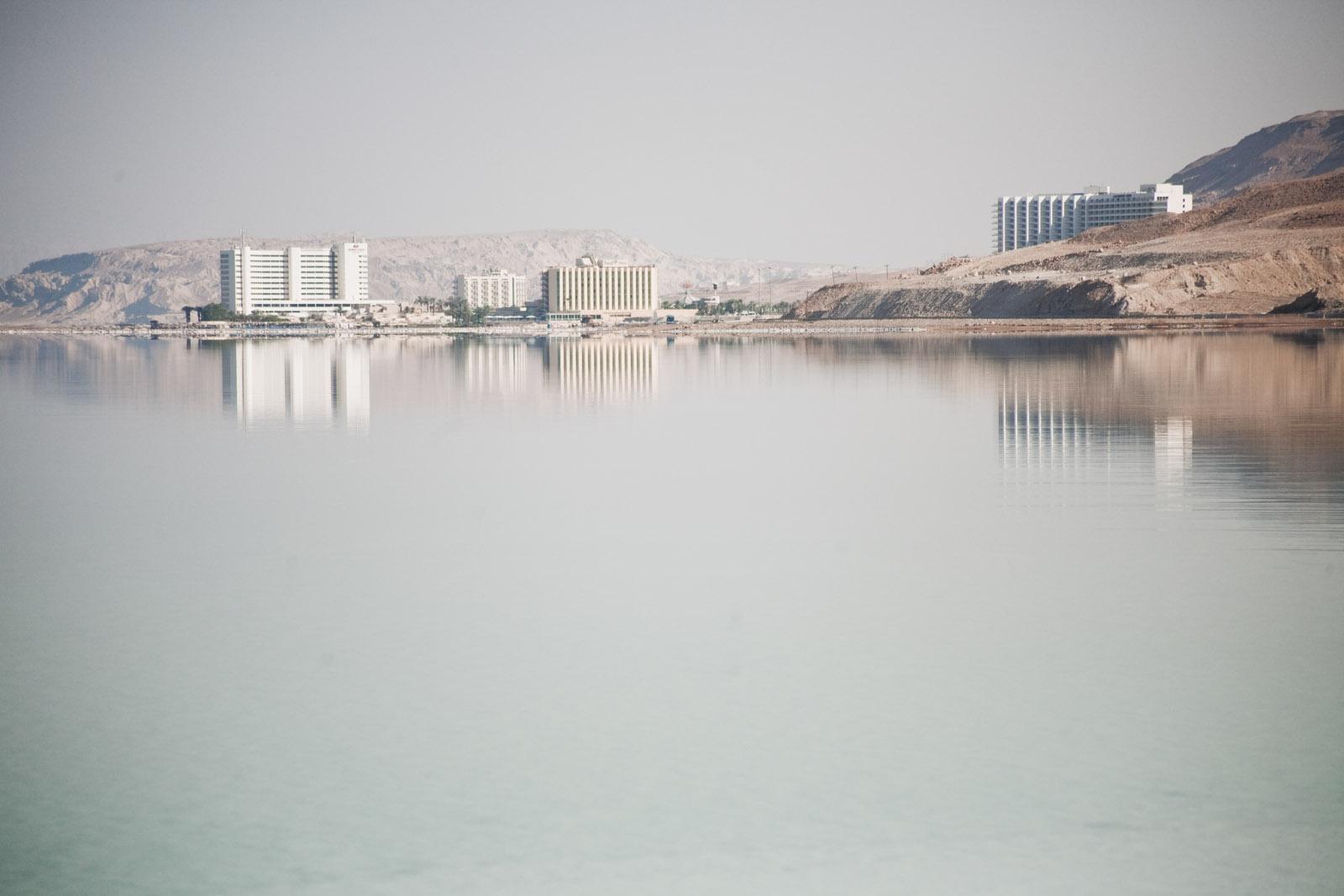 Un des complexes hôteliers au bord de la Mer Morte.