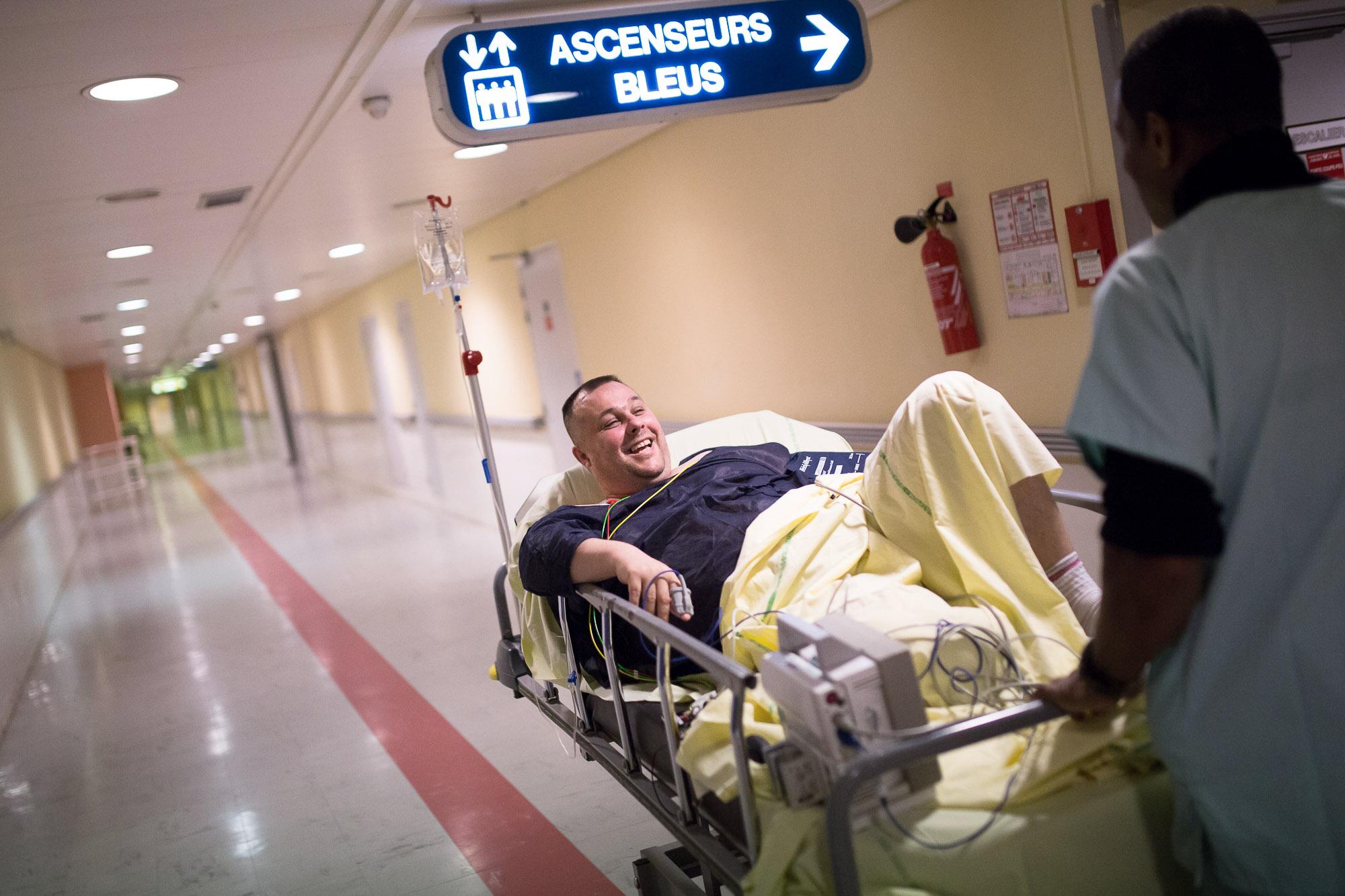 Ce patient s'est plaint de douleurs à la poitrine et au bras, s