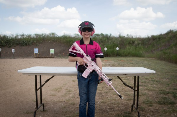 Les mini sure shots sont les membres mineurs du club de tir feminin Sure shots, agees de 4 a 14 ans. ©Moland Fengkov/Haytham-REA