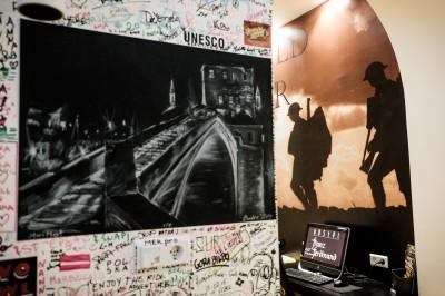 L'auberge de jeunesse Franz Ferdinand, dont la decoration est dediee a la premiere guerre mondiale et a l'archiduc Franz Ferdinand et sa femme Sophie Chotek. © Juliette Robert/Youpress/Haytham