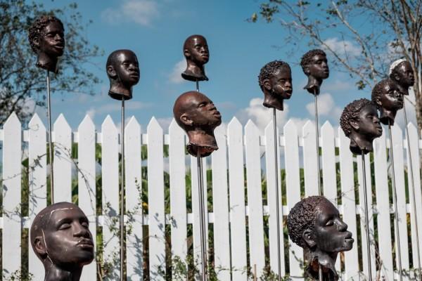 A la Whitney Plantation, un mémorial rend hommage aux esclaves de la rébellion de 1811. ©Juliette Robert/Haytham