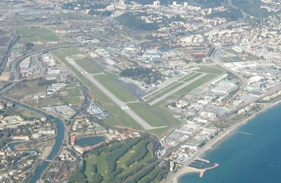 L'aéroport de Cannes-Mandelieu ©Wiki Commons